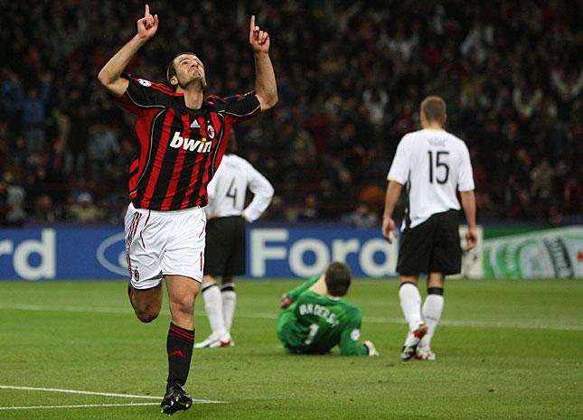 Alberto Gilardino var bare én av målscoreren da AC Milan banket Manchester United 3-0 på San Siro i Champions League's semifinal i 2007. Vil slike scener noen gang bli sett hos Milan igjen?
